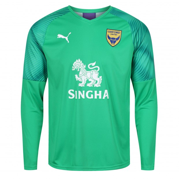 Home Replica Goalkeeper Shirt 2019/2020